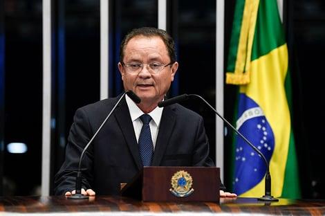 Zequinha Marinho é contra impeachment de Bolsonaro