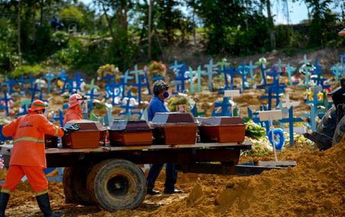 Março foi o mês com o maior número de mortes no Brasil