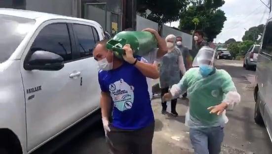 Governo do Amazonas culpa nova variante por falta de oxigênio