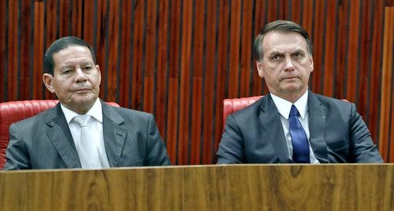 Bolsonaro recebe Mourão