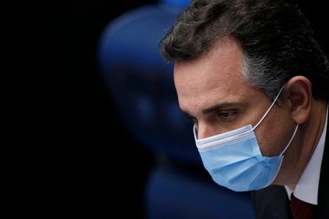 Pacheco ganha tempo para decidir sobre CPI da Covid