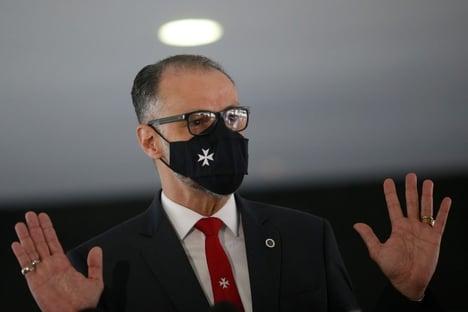 Bolsonaro se aconselha com presidente da Anvisa
