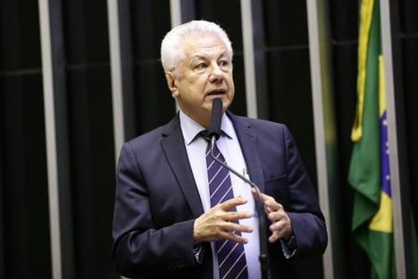 PGR denuncia Arlindo Chinaglia e Eduardo Cunha por recebimento de propina da Odebrecht