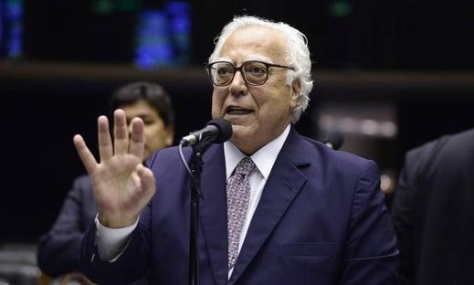 """""""Falta o PT vir engrossar a procissão"""", diz coordenador da campanha de Ciro"""