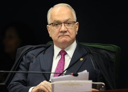 1 x 0 – Fachin vota a favor da anulação das condenações de Lula