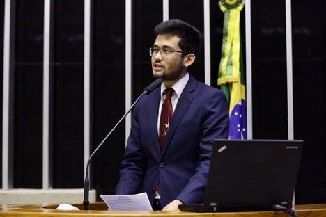 """Kim Kataguiri: """"Em três dias, Bolsonaro destruiu meses de avanços"""""""