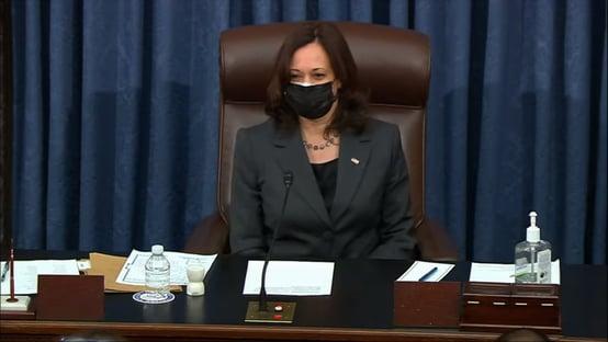 Pedido de socorro do Senado chega a Kamala Harris