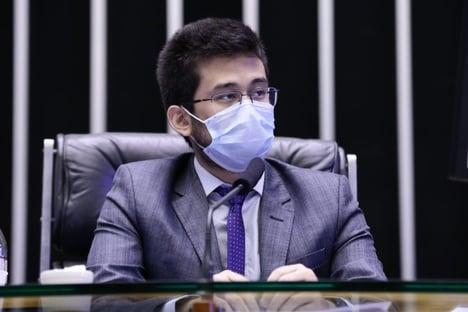 Kim Kataguiri pede à Justiça para derrubar requisição de kit intubação pela Saúde