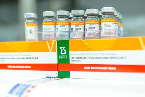 Butantan suspende produção da Coronavac; instituto diz que entregará doses contratadas