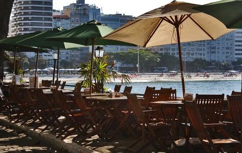 Associação derruba decreto de Paes e amplia horário de funcionamento de bares no Rio