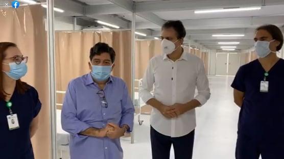 """""""Todos os hospitais privados de Fortaleza estão em colapso"""", diz secretário"""