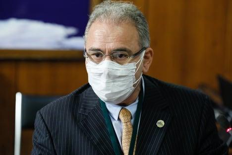 Queiroga diz que 1,5 milhão de brasileiros estão com segunda dose atrasada