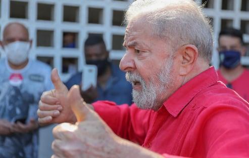 57% discordam da decisão de livrar Lula