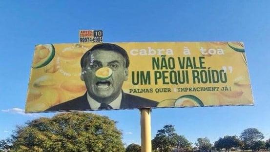 """André Mendonça mandou PF investigar outdoor que compara Bolsonaro a um """"pequi roído"""""""
