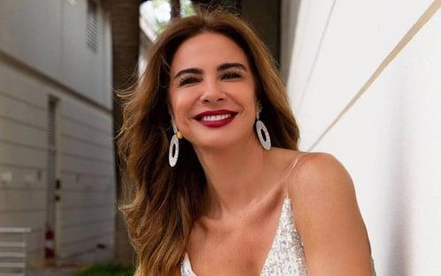 Apresentadora Luciana Gimenez apresenta queixa-crime no STF contra Kajuru