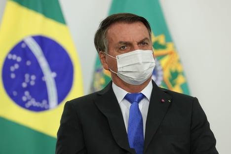 """Bolsonaro afirma: """"Governadores estão trabalhando contra mim"""""""