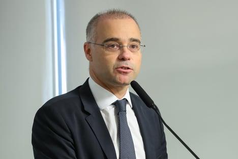 Aras informa ao STF que abriu apuração preliminar contra Mendonça