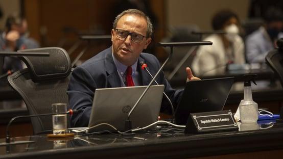 1 x 0 – Relator vota pela condenação de Witzel no processo de impeachment