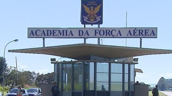 Covid: surto atinge 39 cadetes da Academia da Força Aérea