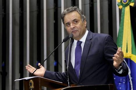 Aécio tenta adiar prévias do PSDB