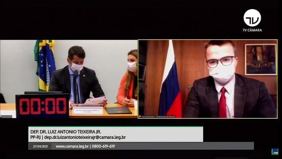Russos pedem debate com Anvisa, mas abandonam reunião com fiscais na Câmara