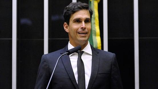 Tudo isso está favorecendo muito o Bolsonaro