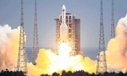 Destroços de foguete chinês caem no oceano