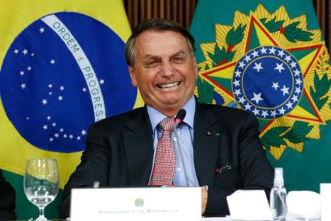 Com Copa América, Bolsonaro comete nova barbaridade política