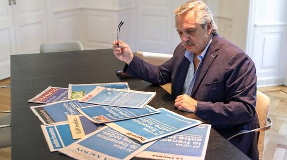 Presidente da Argentina pede desculpas por declaração racista