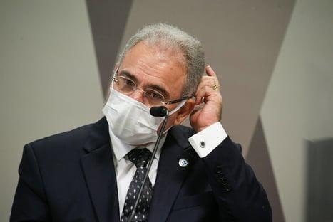 Saúde diz que vai encomendar estudo sobre desobrigação do uso de máscaras