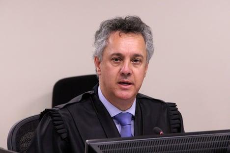 STJ nega pedido de Lula para declarar suspeição de Gebran