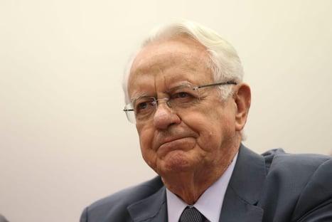 Reeleição de Alcolumbre: ex-presidente do STF citado por Aras diz que procurador-geral está equivocado