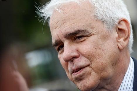 Presidente da Petrobras teria se recusado a dar R$ 100 milhões para Record e SBT
