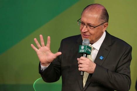 Alckmin não avisou que deixará PSDB