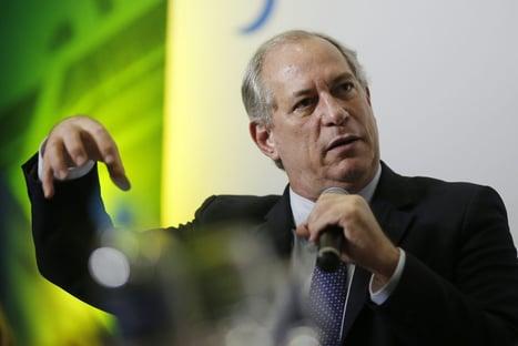 """""""Aspecto político ainda não está dado"""" para impeachment, diz Ciro"""