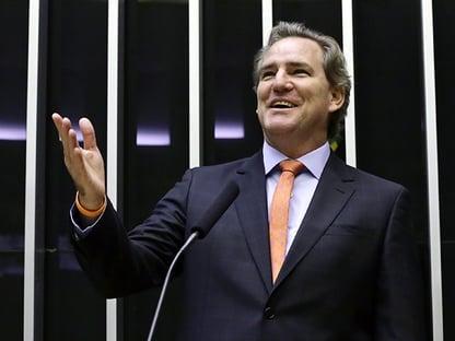 Bolsonaro justifica aumento de carga tributária, diz deputado do Novo