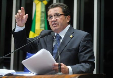 2 x 2 – Segunda Turma suspende ação penal contra Vital do Rêgo