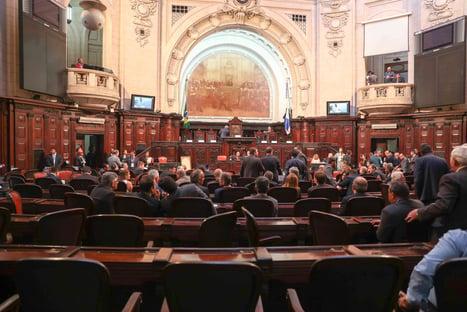 Presos por corrupção, 5 deputados votaram a favor do impeachment de Witzel