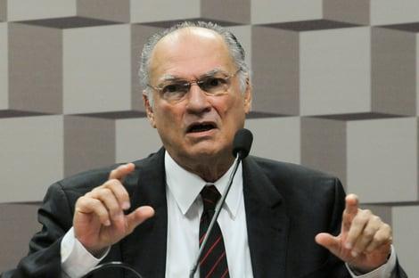 Cidadania avalia pedir impeachment se Bolsonaro vetar vacina