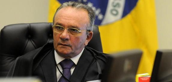 Posse no STJ: desconforto com Asfor Rocha e Bolsonaro junto de Noronha