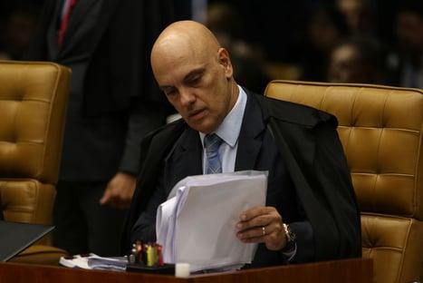 Bloqueio de perfis por Moraes atropelou discussões internacionais sobre o tema, dizem professores