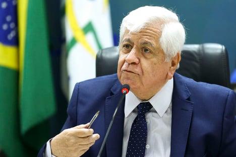 """""""Infelizmente a Anvisa hoje está a serviço do governo"""""""