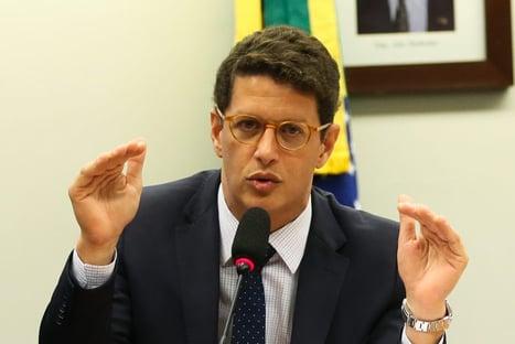 Justiça nega pedido do MPF para afastar Ricardo Salles