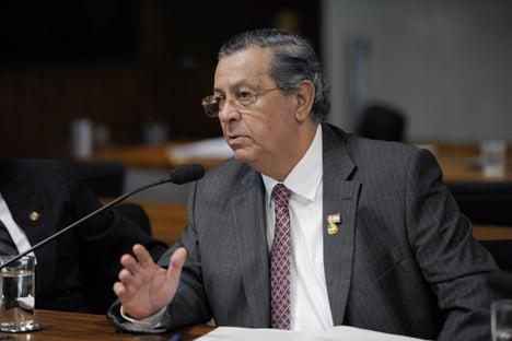 """Jayme Campos justifica agressão a eleitor: """"Chegou mal-intencionado"""""""