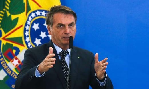 """""""Quem vai decidir 5G sou eu"""", diz Bolsonaro"""