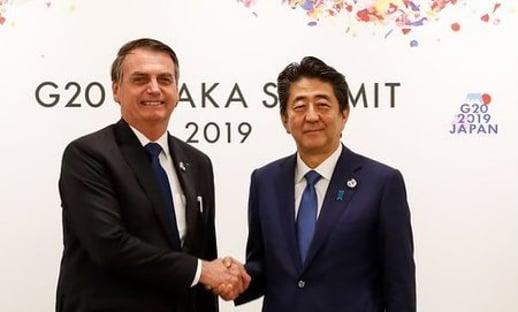 Bolsonaro deseja melhoras a grande amigo Shinzo Abe, premiê do Japão