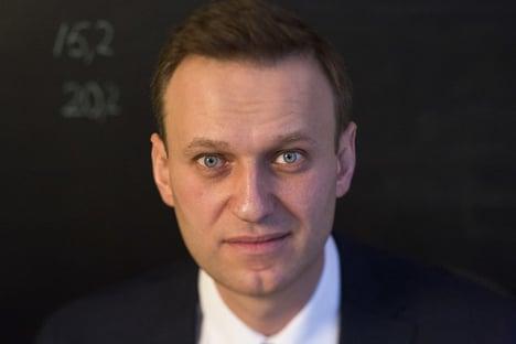 Navalny respira sozinho