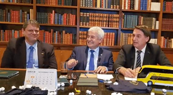 Bolsonaro diz que TCU é grande parceiro de Tarcísio Freitas