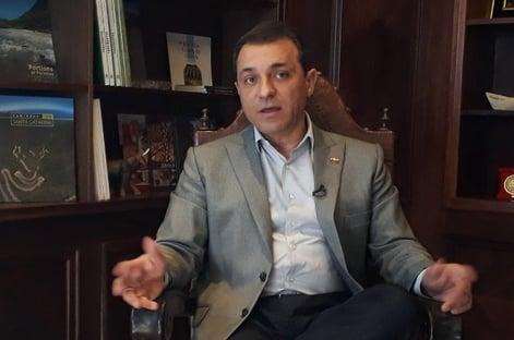 Tribunal afasta governador de Santa Catarina, mas mantém vice