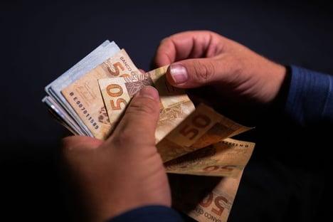 Governo já gastou R$ 456 bilhões com pandemia